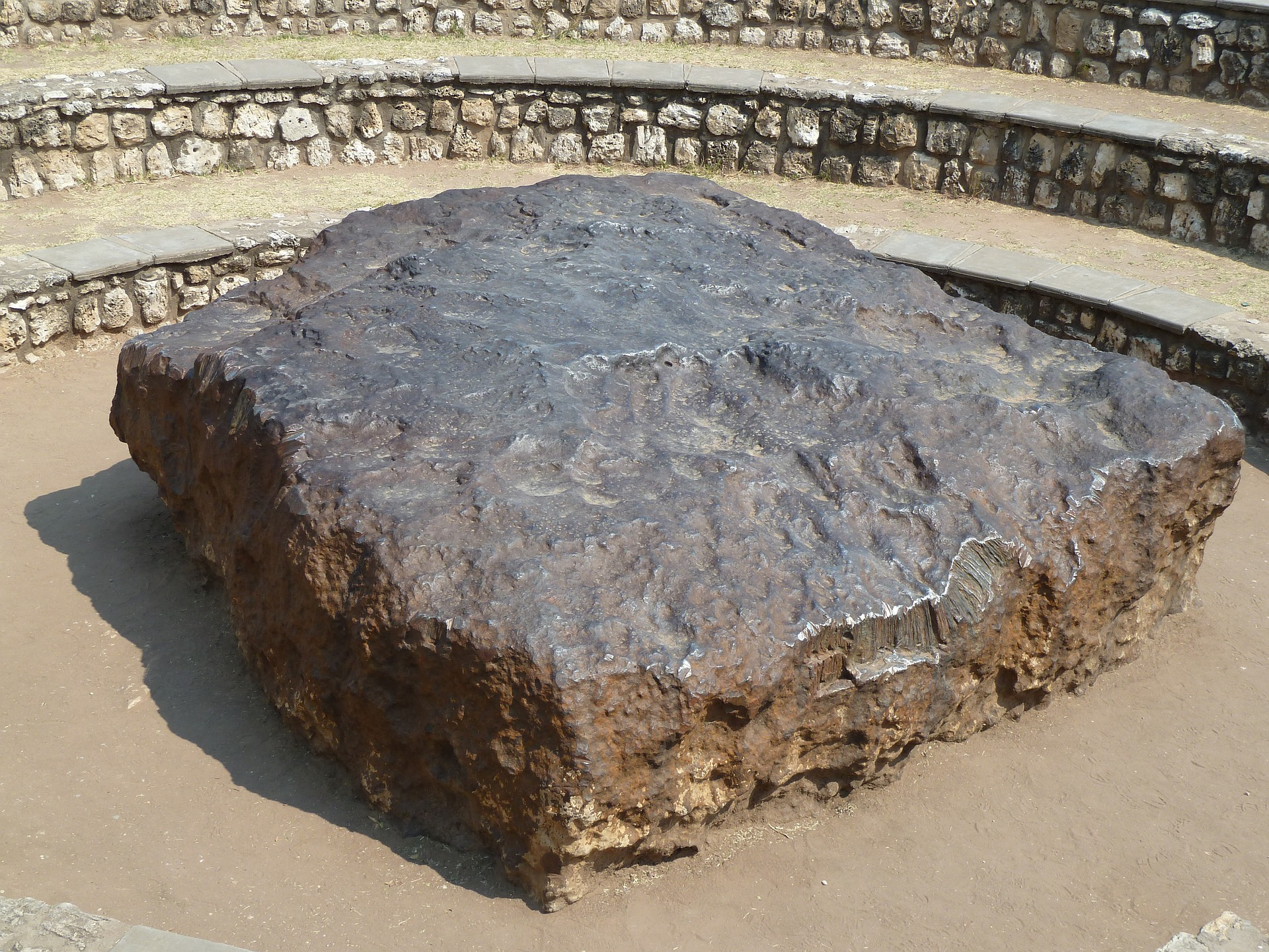 Hoba The Earth S Largest Meteorite I Love The Universe